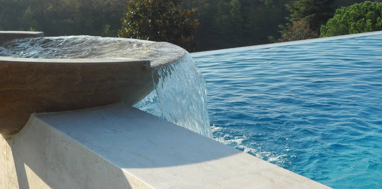 Veneta marmi marmo travertino marmi - Fontana per piscina ...