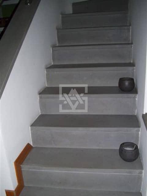 Molto pietra-serena-scale – Veneta Marmi ES46
